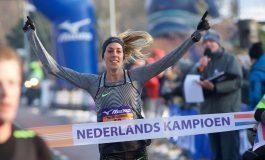 Susan Krumins knap tweede op de 10.000 meter tijdens EK in Berlijn