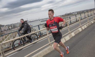 Jesper van der Wielen wint vrieskoude Stevensloop