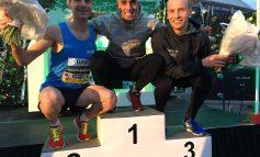 Khalid Choukoud wint 29ste editie van de Bruggenloop Rotterdam met een parcoursrecord