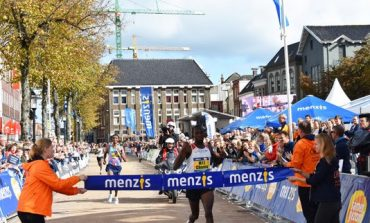 Victor Chumo wint verrassend 4 Mijl van Groningen in razendsnelle tijd, Richard Douma snelste Nederlander
