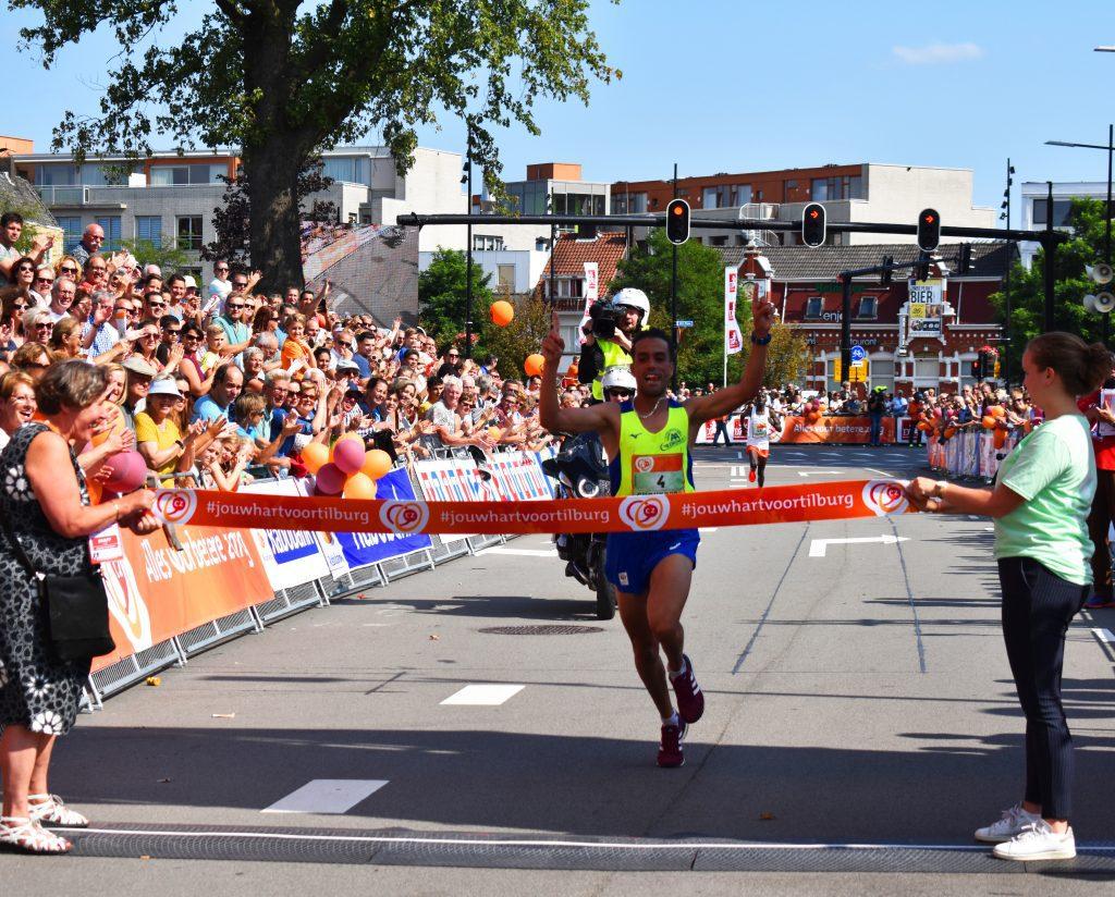 Khalid Choukoud eerste Nederlander tijdens Tilburg Ten Miles