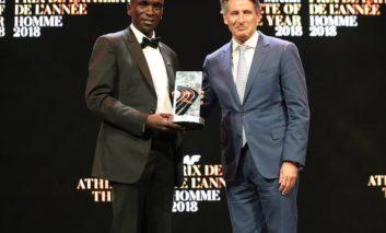 Eliud Kipchoge wint IAAF Male Athlete Of The Year 2018 Award