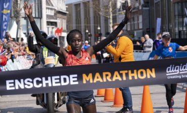 Caroline Chepkwony wint Enschede Marathon in nieuw parcoursrecord