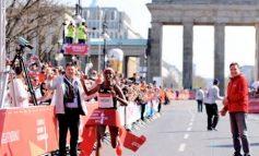 Sifan Hassan wint de Generali Berlin Half Marathon maar loopt wereldrecord mis
