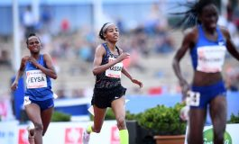 Sifan Hassan loopt nieuw wereldrecord op de mijl (video)