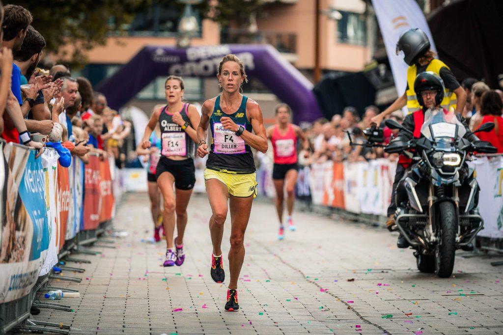 Kim Dillen tijdens Tilburg Ten Miles en Ladies Run