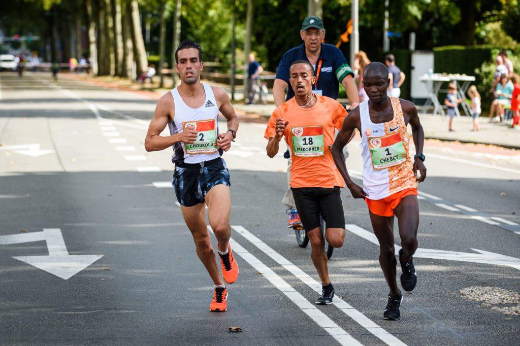 Khalid Choukoud tijdens Tilburg Ten Miles