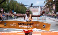 Geoffrey Kamworor loopt nieuw wereldrecord op de halve marathon in Kopenhagen