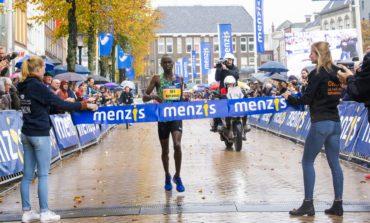 Davis Kiplangat wint 4 Mijl van Groningen en ook andere deelnemers en publiek genieten van succesvolle 33e editie