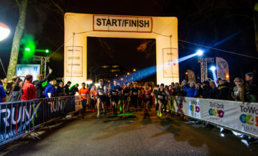 De Nacht van Groningen, het meest sfeervolle hardloopevenement in het donker is weer geopend