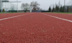 Lieke Klaver en Taymir Burnet winnen 200 meter finale NK atletiek